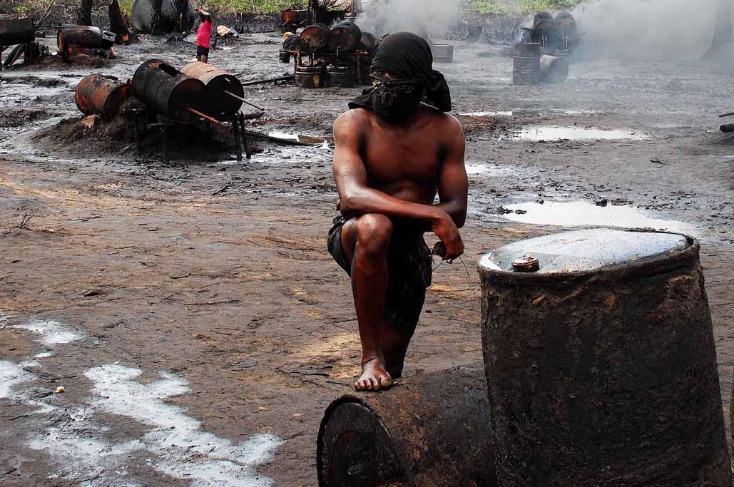 16jpg Nigeria, the Delta crisis, bunkering in Ogoniland.