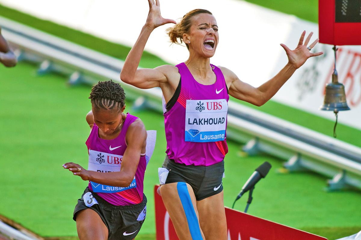 Finish-Line-Cramp-IAAF-Diamond-League-Athletissima-Finish-Line-1500m-Lausanne-Switzerland-July-2010