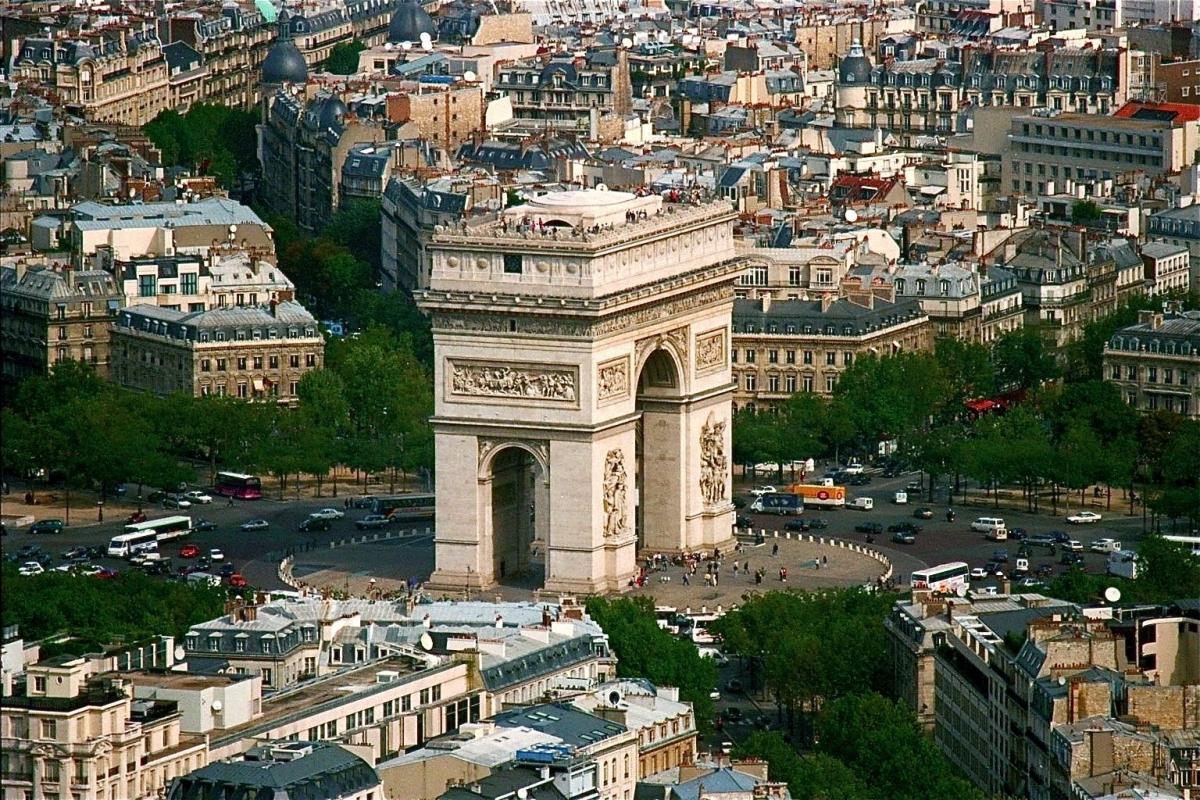 Arch D'Triumph- France