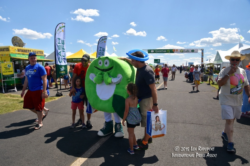 2015-Hot-Air-Balloon-Fest---007