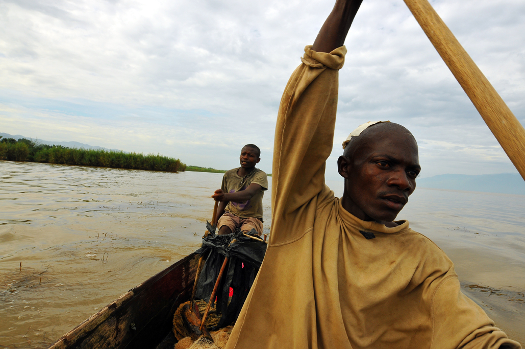 29jpg-burundi-fishermen-on-lake-tanganyika